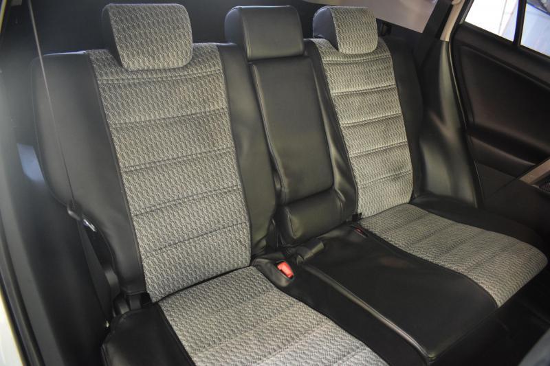 Toyota RAV4 2.5 AT (180 л. с.)