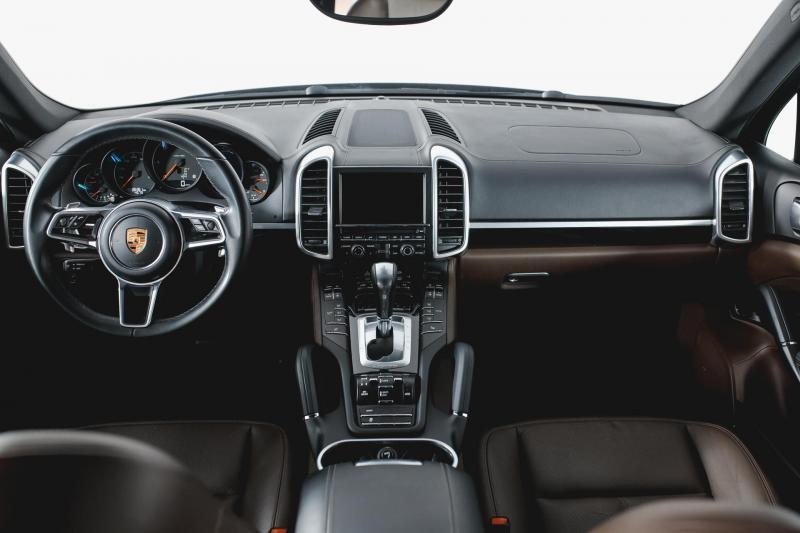 Porsche Cayenne Diesel 3.0 Tiptronic S AWD (245 л. с.)