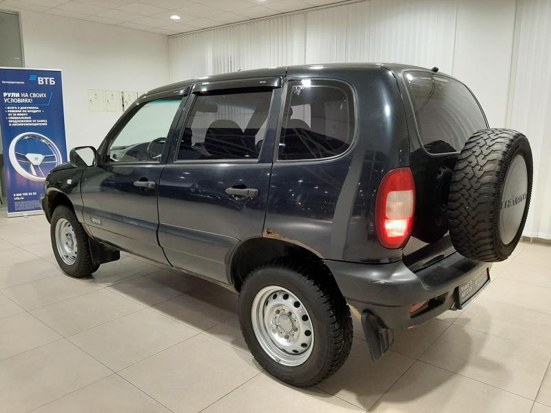 Chevrolet niva Niva 1.7 MT (80л.с.) 4WD