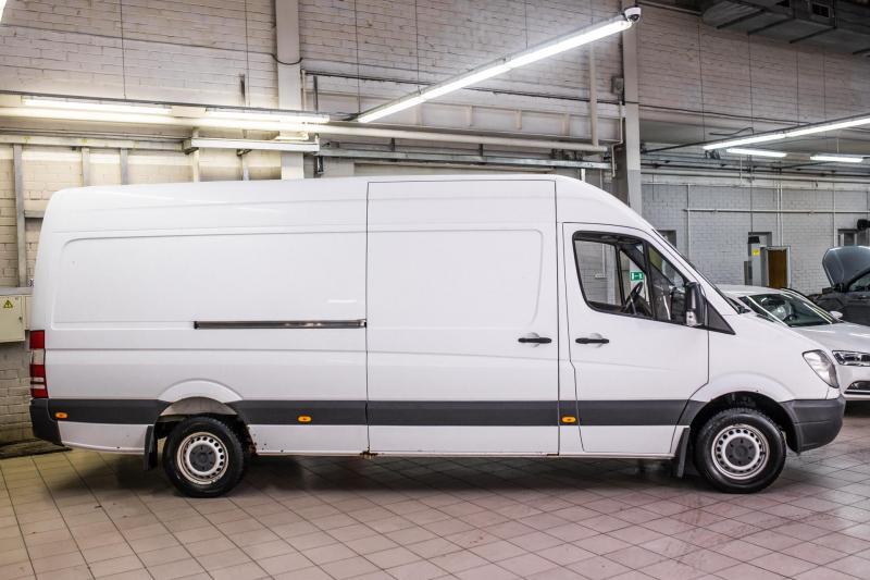 Mercedes-Benz Sprinter 315 CDI MT L4H3 (150 л. с.)