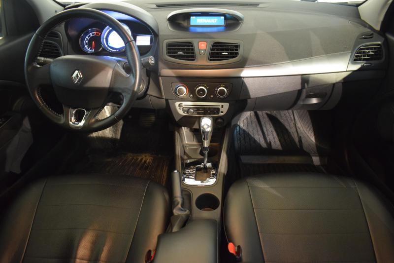 Renault Fluence 1.6 CVT (114 л. с.) Expression