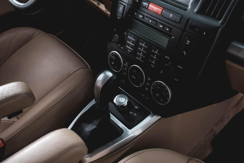 Land Rover Freelander 2.2 TD AT (160 л. с.)