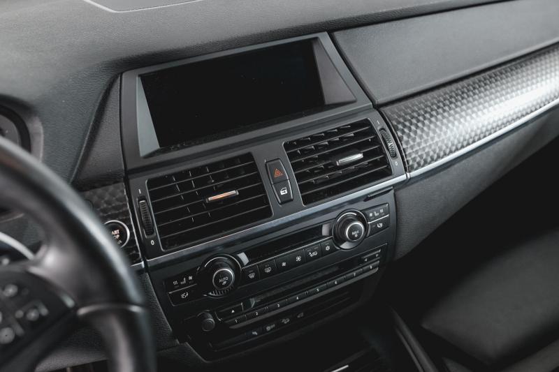 BMW X6 35i xDrive AT (306 л. с.)