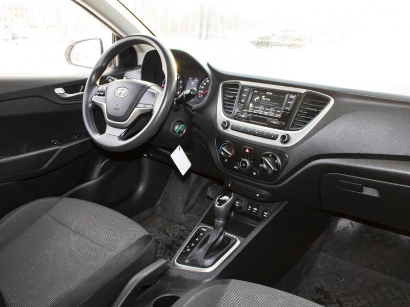 Hyundai Solaris 1.4 AT (100 л.с.)