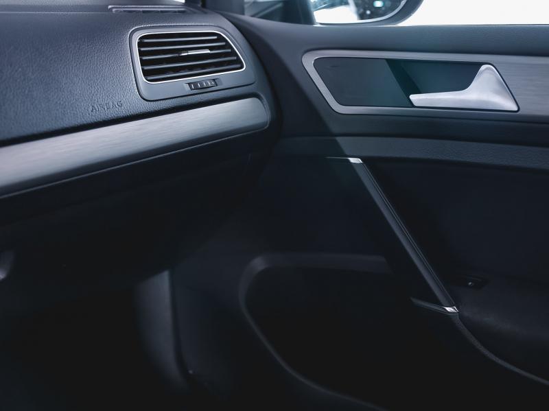 Volkswagen Golf 1.4 MT (122л.с.)
