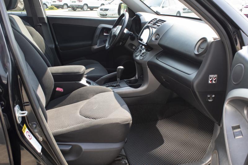 Toyota RAV4 2.0 AT (152л.с.) 4WD