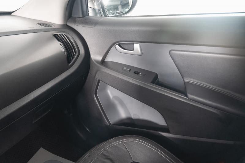 Kia Sportage 2.0 MT 4WD (150 л. с.)