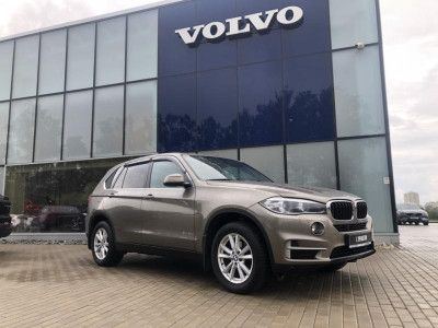 BMW X5 30d 3.0d AT (258 л.с.) 4WD Pure Excellence